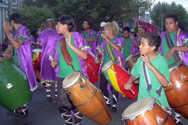 Street candombe by the Movimiento Afrocultural. (Photo courtesy of Movimiento Afrocultural)